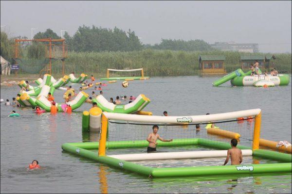 D3057 Juegos acuáticos